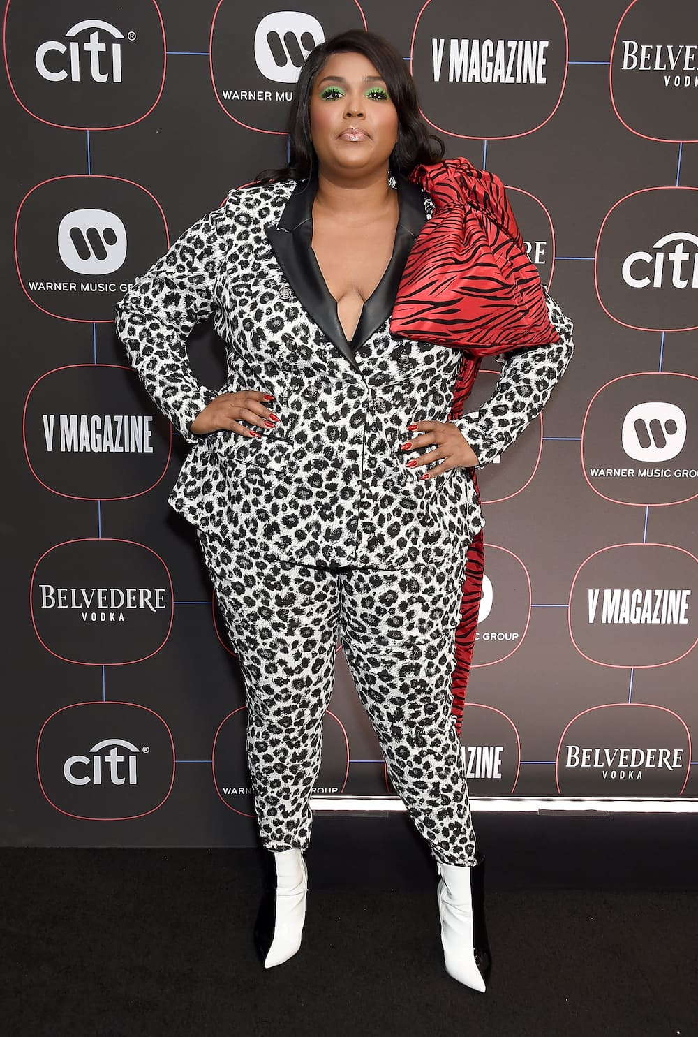 Saturday night live Lizzo outfit