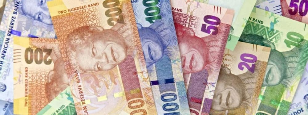 Where can I exchange foreign currency in South Africa