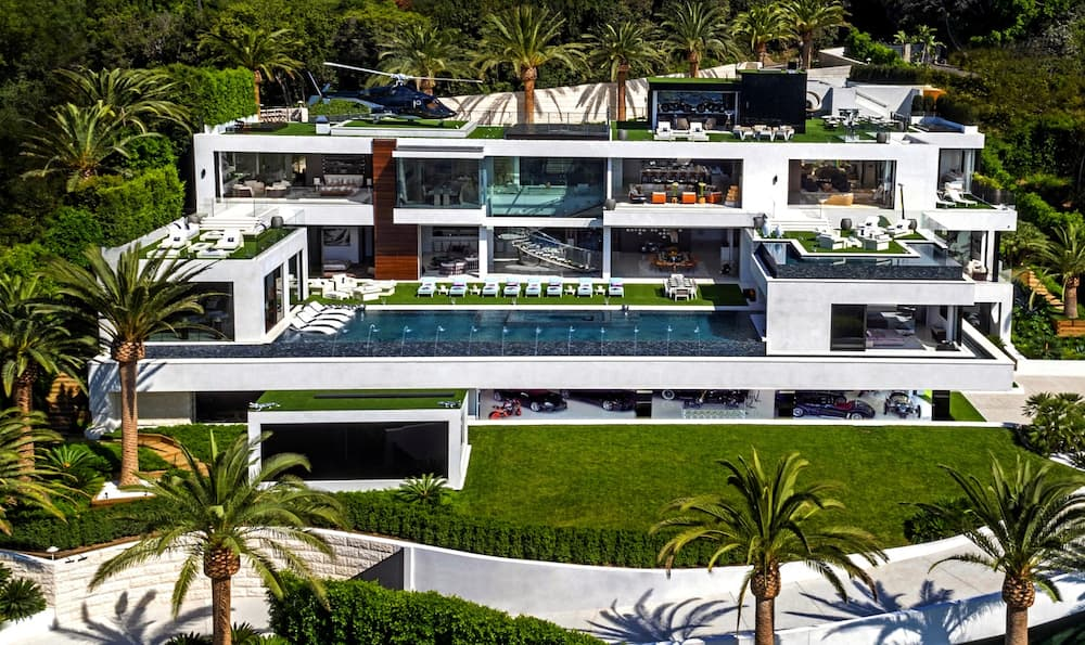 Which celebrity has the biggest home?