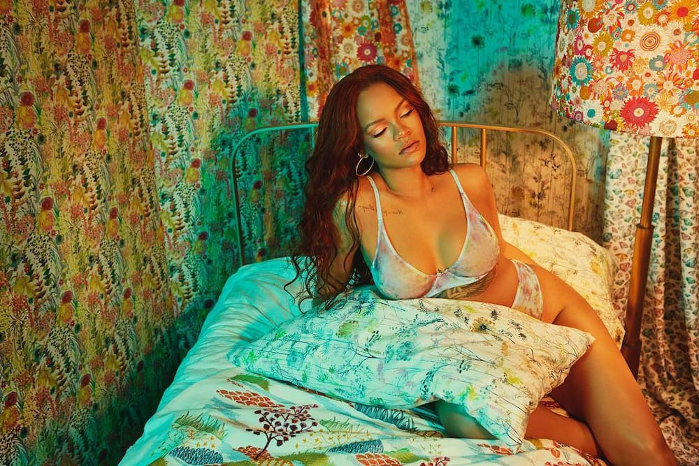 20 of the hottest women in the world