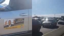 Jacob Zuma: Gunshots and singing accompany motorcade en route to Nkandla