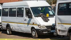 Joburg taxi violence leaves several vehicles torched, SA shares mixed reactions