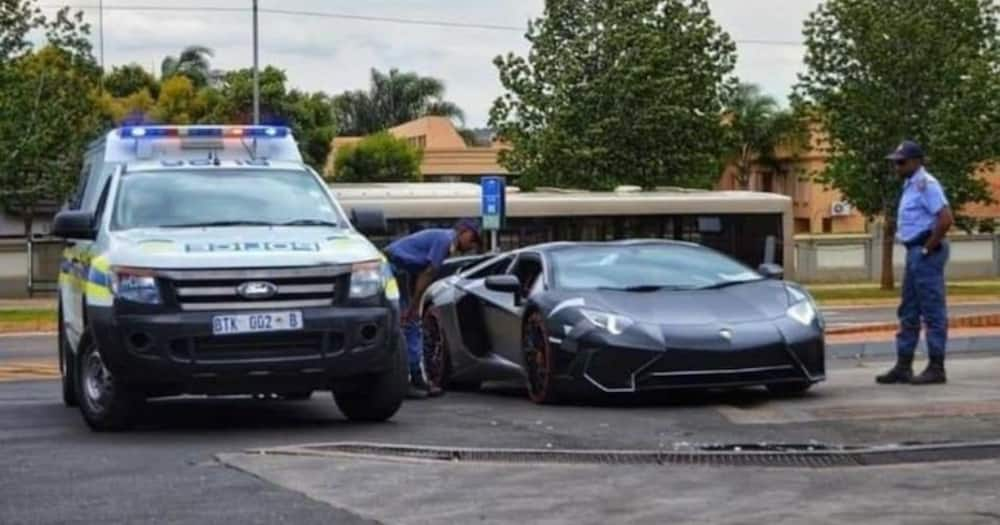 Mzansi Shares Hilarious Thoughts About Cops Pulling over Lambo Driver