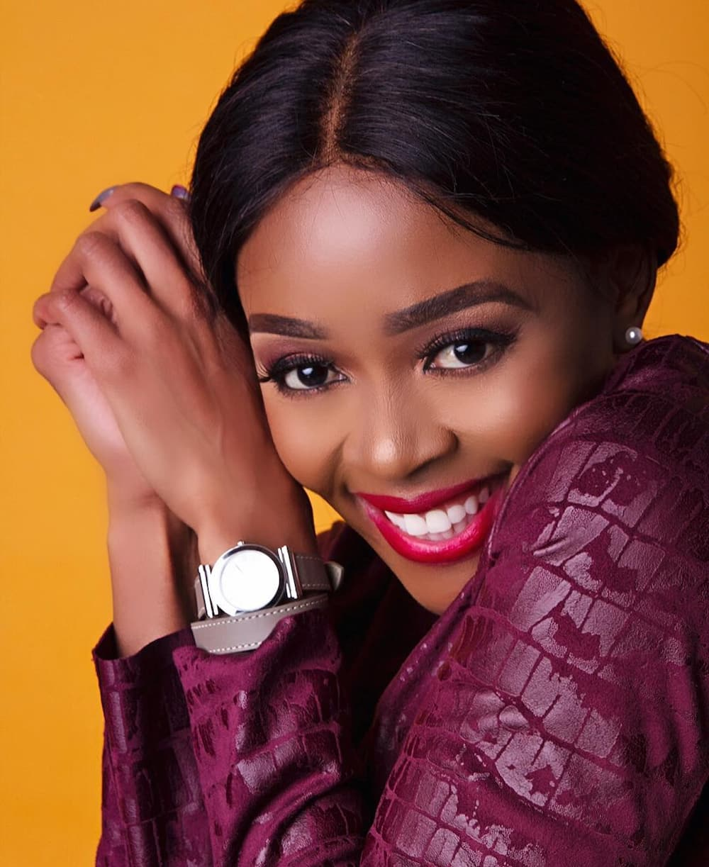 Thembi Seete biography: age, baby, husband, boyfriend, wedding, weight loss, movies, songs, house, cars and Instagram