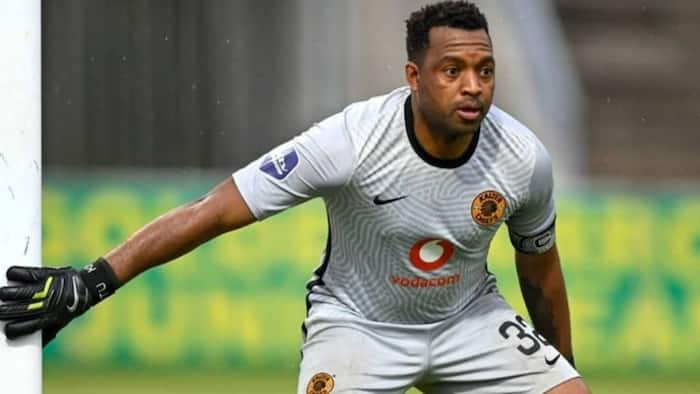 'Ma taught me well':Itu Khune shows off cooking skills, Mzansi impressed