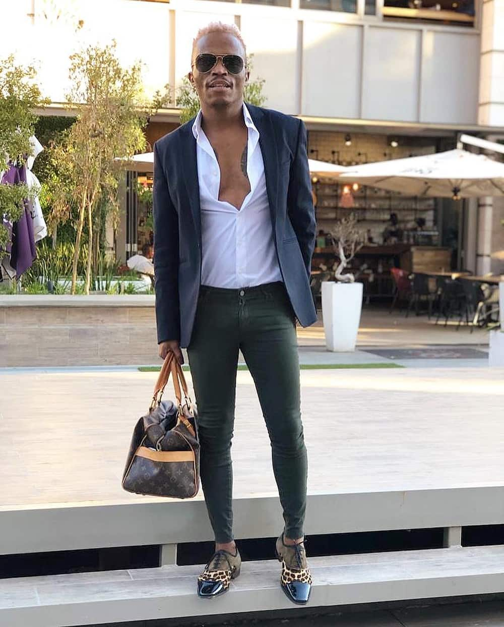 Somizi Mhlongo Biography: Age, Daughter, Mother, Father