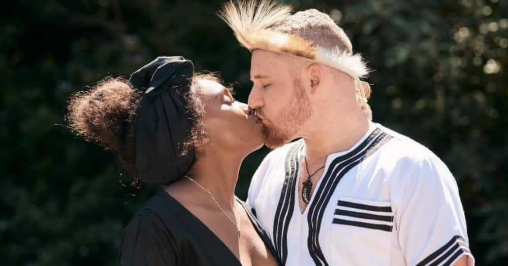 """""""Only in SA"""": Brave Couple Get Married mid Protest, Mzansi Thinks Inappropriate"""