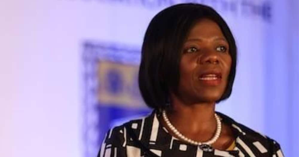Thuli Madonsela reaches out to Marikana victims and offers help