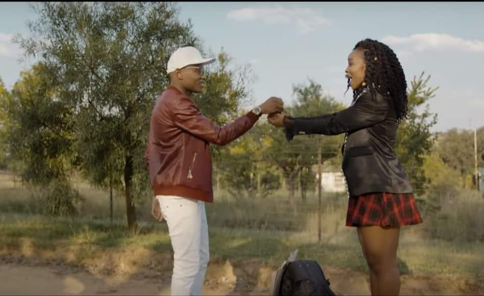 Master KG Skeleton Move Feat. Zanda Zakuza lyrics and ...