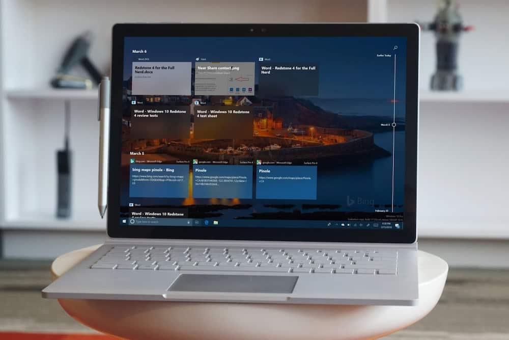 computer randomly restarts after windows 10 update