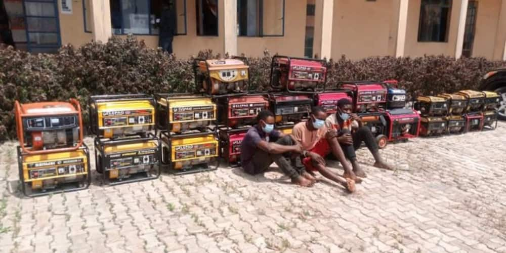 To mark his 26th birthday: Reactions as 26-year-old Nigerian Man Steals 26 Generators, Photo Goes Viral