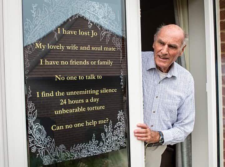 Childless man who lost his wife begs neighbours to be his friends