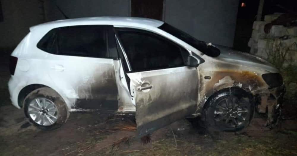 'These Dogs Are Burning My Car': Woman Cries Hysterically As Her Car Set on Fire
