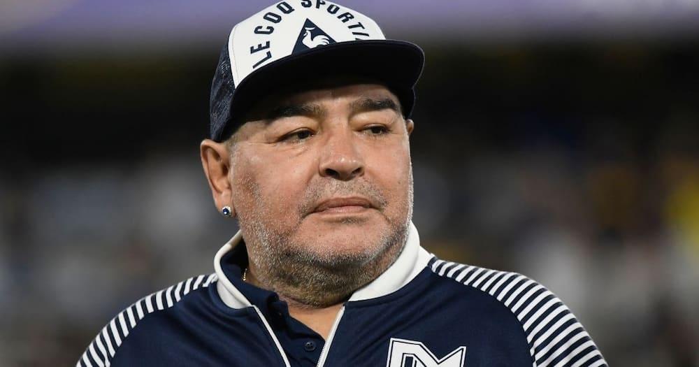 IA: Maradona: SA's striking experience with late football legend