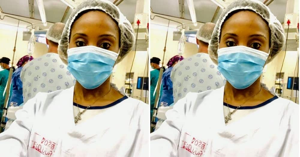Mzansi's social media users are inspired by a new medical graduate, Dr. Caroline Pule. Image: Facebook