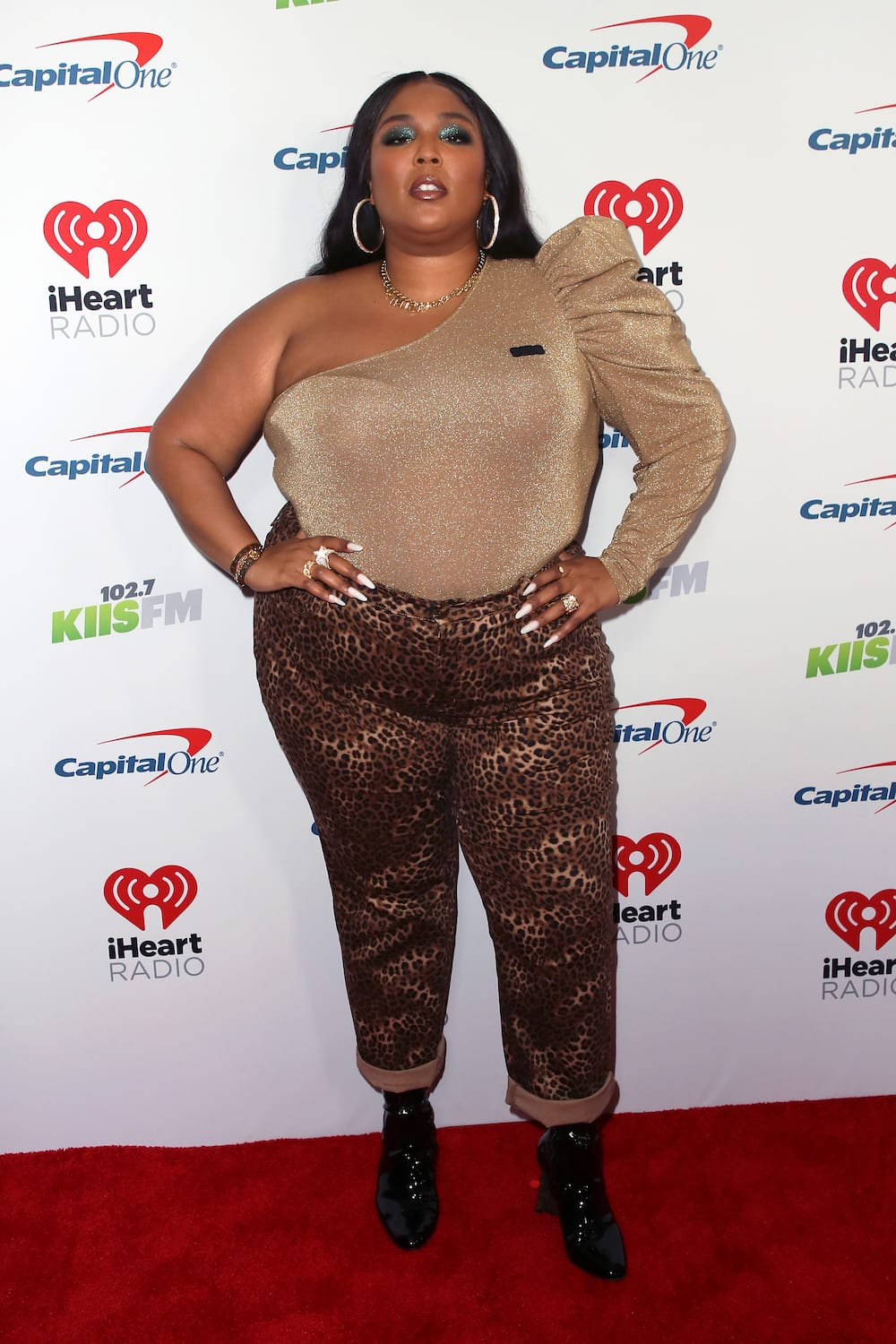 Lizzo outfit ideas