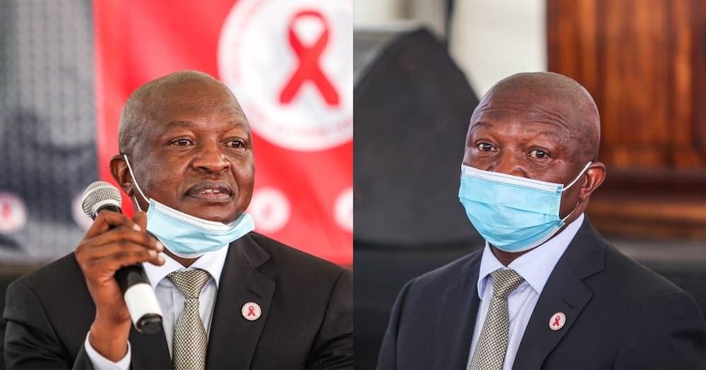 Covid 19, Coronavirus, Johannesburg, David Mabuza urges South Africans, vaccine, jab, festive season, December