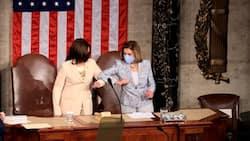 Nancy Pelosi, Kamala Harris: 1st 2 women to flank president in Congress address