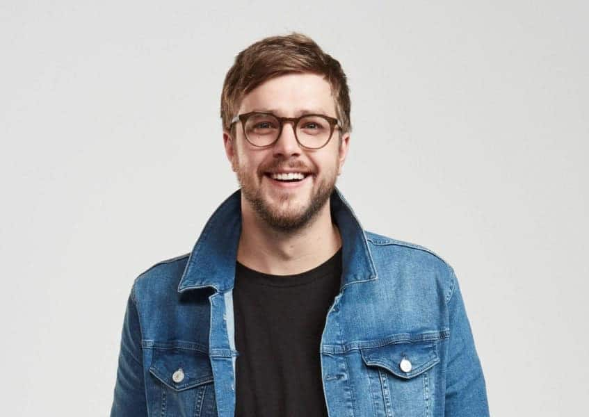 Iain Stirling biography