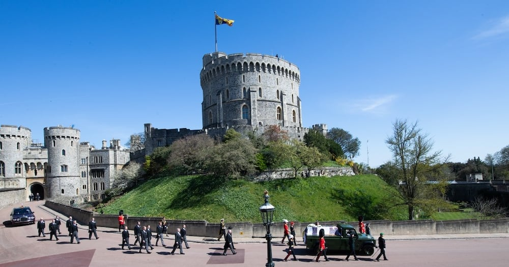 Two Arrested after Intruders Scale Wall at Queen Elizabeth II's Windsor Estate