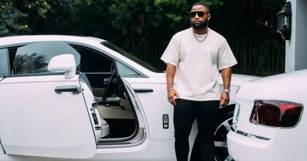Cassper Nyovest Signs Big Deal With His Accountant Present for 1st Time, Sa Is Here for It