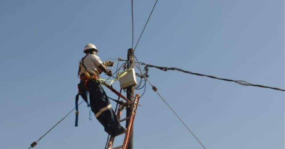 Eskom needs South Africans to cough up R1 billion a week to survive 2021