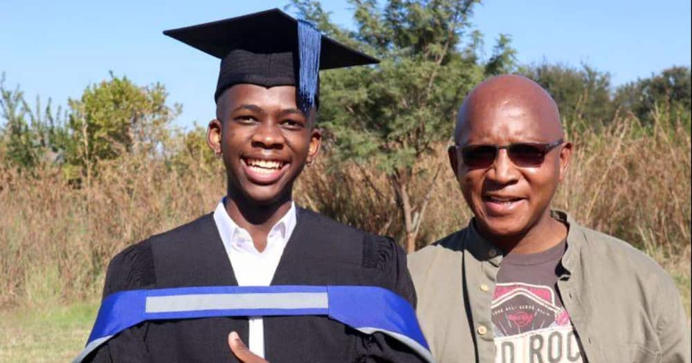 Man Graduates From University, Shares Touching Advice His Father Gave Him