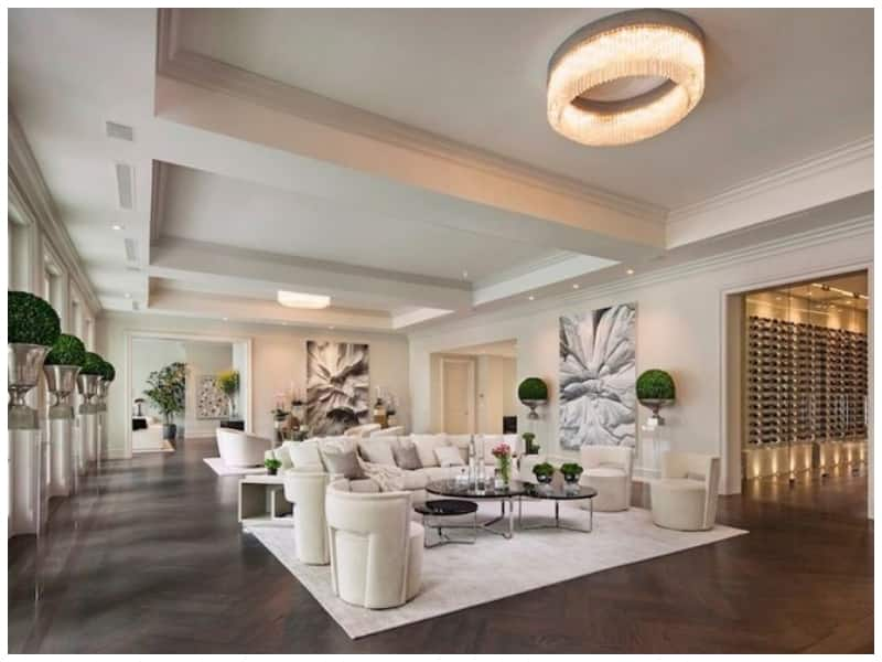 A peek at billionaire boxer Floyd Mayweather's $25m mansion in LA