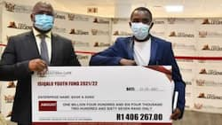 """""""Lol"""": Misspelled cheque causes lots of confusion, has SA in stitches"""