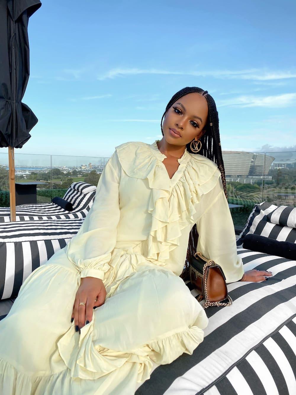 Mihlali Ndamase make up