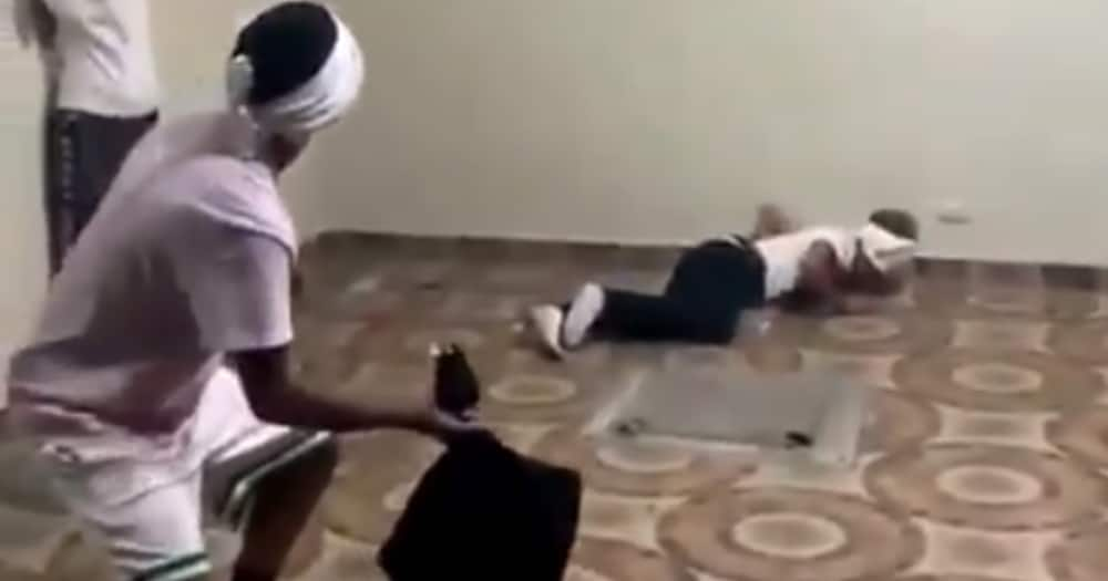 Guys Having Blindfolded Pillow Fight Stirs Hilarious Reactions from SA