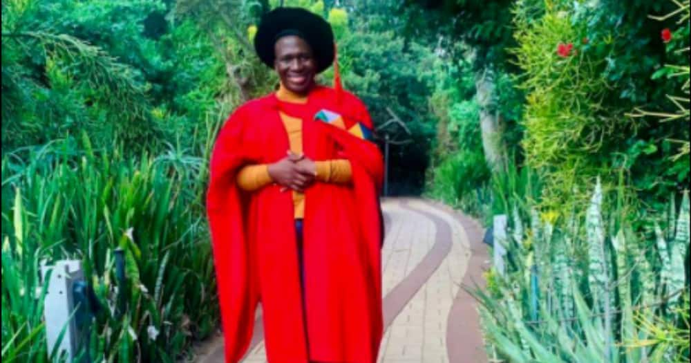 Meet Dr Themba Nxumalo, the Inspiring Medical Graduate Who Shares His Advice