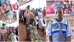 Muslim mum of 5 sheds tears on her knees in church as female pastor gives her daughter scholarship