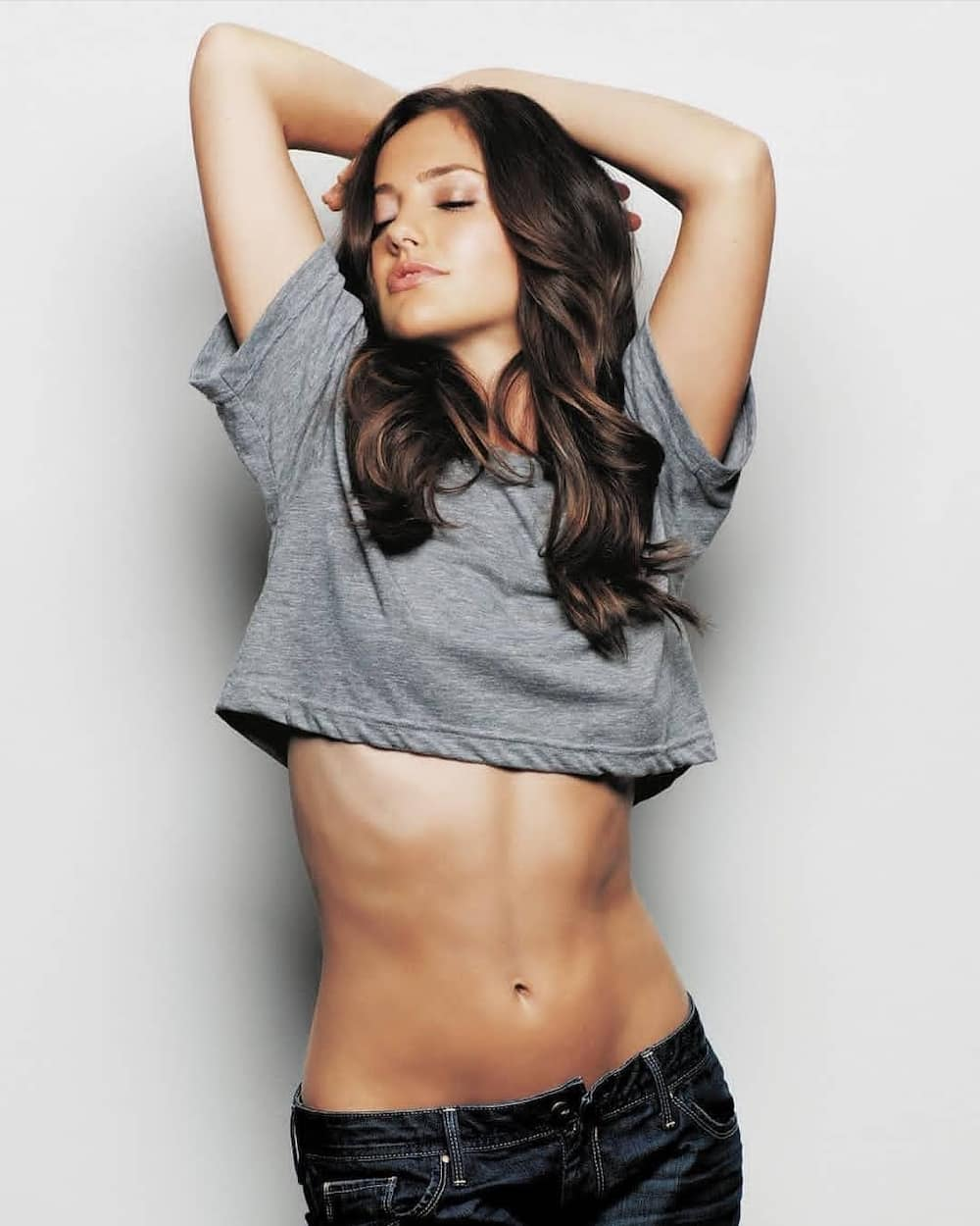 Is Minka Kelly in a relationship?