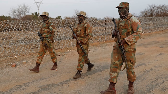 Another SANDF member arrested for vehicle smuggling across the border, 8 soldiers arrested so far