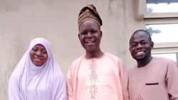 Man and his wife visit primary school teacher, many react as they celebrate him on social media