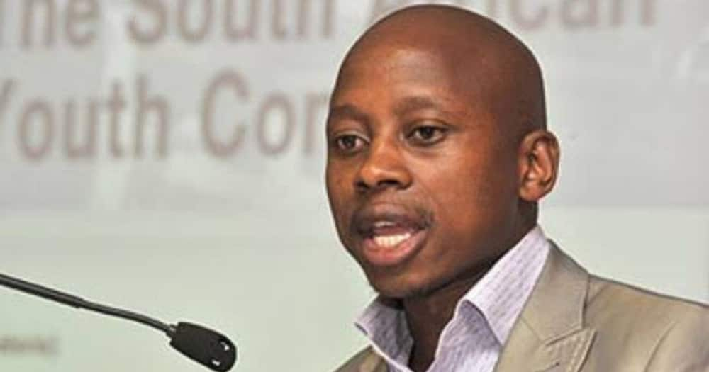 Mzansi weighs in on Andile Lungisa's parole