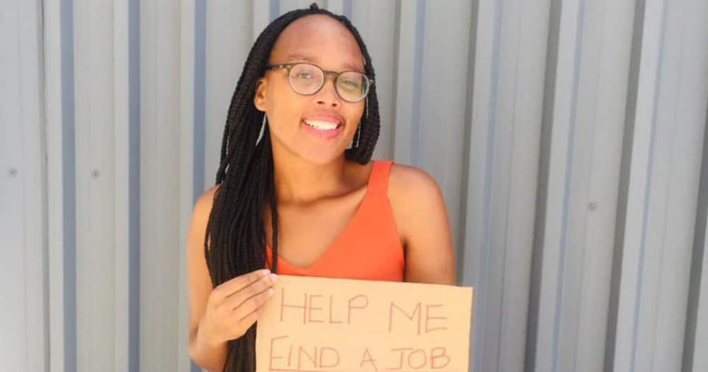 Young Teacher Goes Viral After Starting Desperate Search to Find a Job