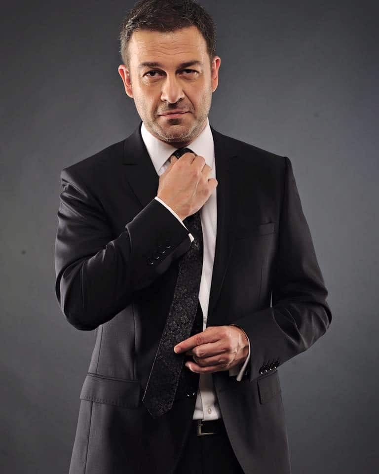 Murat Aygen as Tanju Korman