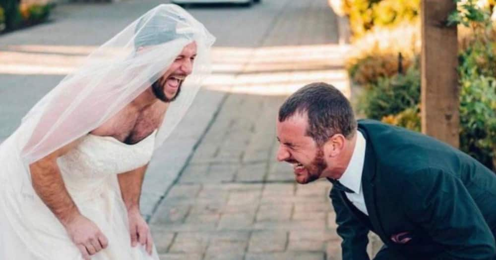 Bride, Groom, Brother, Funny, Picture, Surprise, Social media reactions