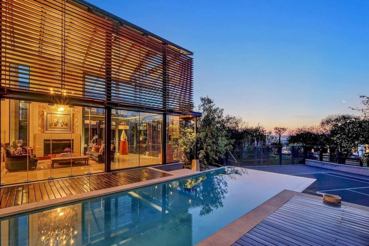 Top 10 beautiful houses in South Africa double storey houses in south africa most beautiful houses in soweto