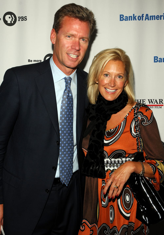 Chris Hansen wife