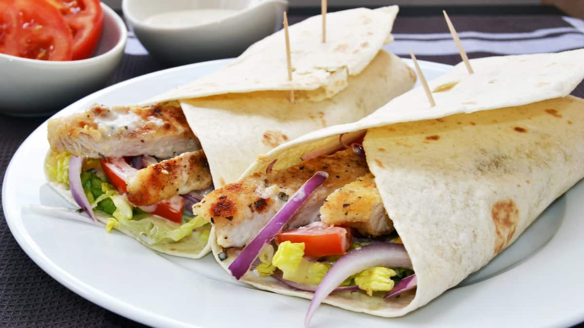 5 easy and healthy chicken wrap recipes Chicken wraps  Chicken wraps recipes  Chicken wrap ideas