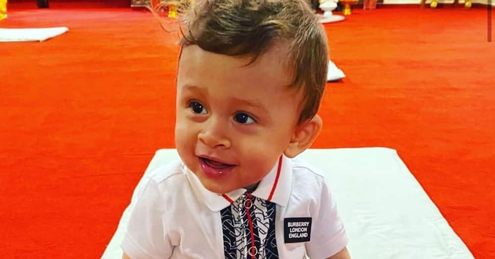 Chris Brown finally reunites with son, baby mama after spending several months apart