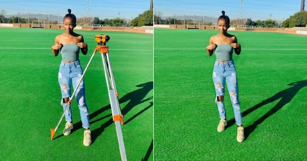 Mad, Photo, Skills, Earns, Man, Praise, Mzansi