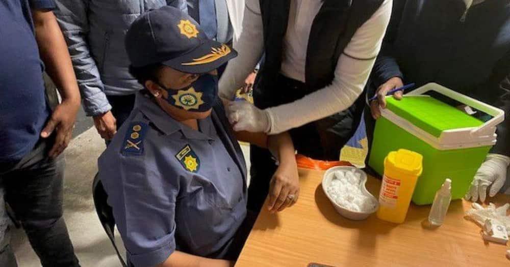 SAPS, Durban, KwaZulu-Natal, Vaccine