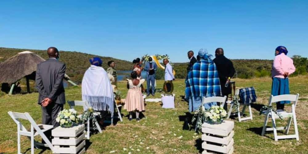 """Mzansi Goes Wild for Snap of Elegant and Small Wedding: """"I Love This"""""""