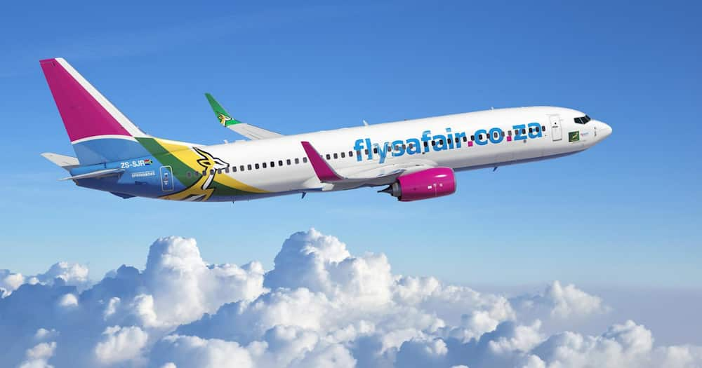 FlySafair removed a passenger for refusing to wear a mask. Photo credit: Facebook/FlySafair