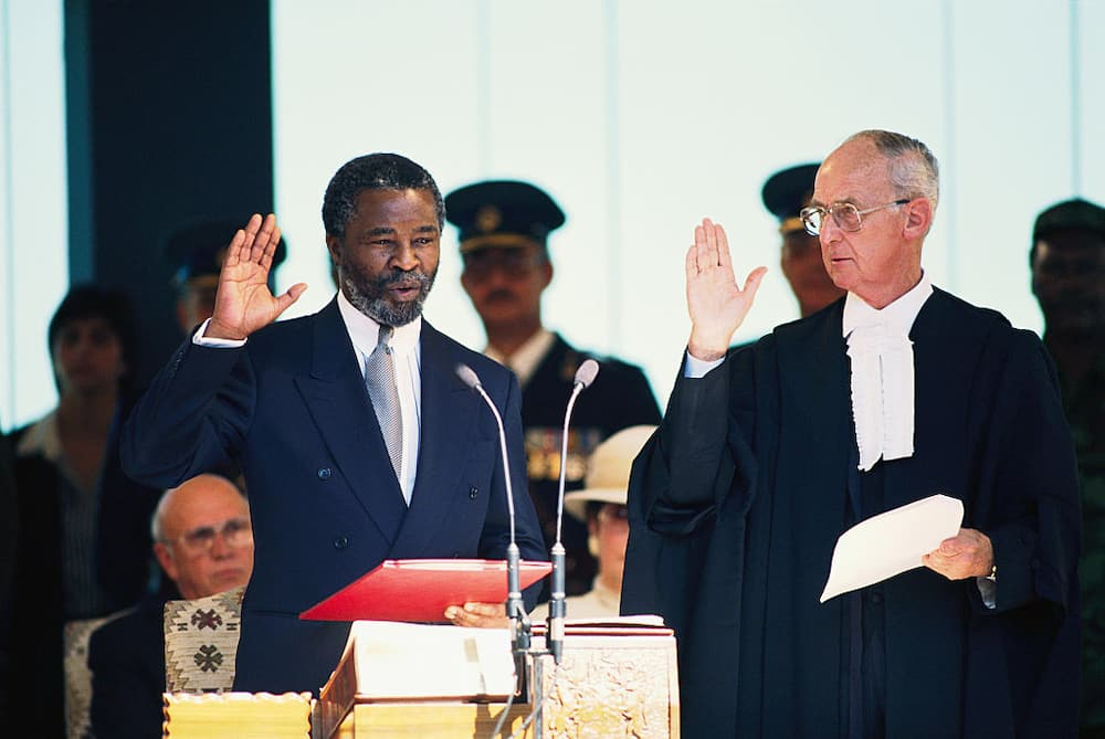 This day in history: Thabo Mbeki becomes SA's 2nd democratic president