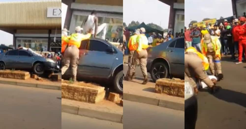 Turn off FB IA pls: Man takes nap on roof of car after crashing it